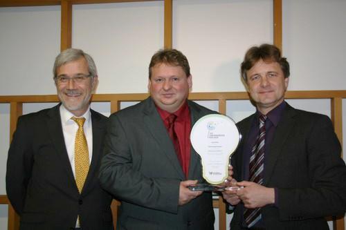 Jo Eller ist Uebermorgenmacher - Bild 1 - Datum: 12.12.2012 - Tags: Auszeichnung, Besonderes, Pressebericht, AKTION FUSSBALLTAG e.V.