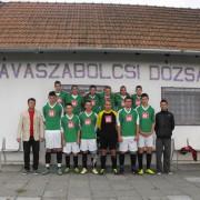 Kinder von der Strasse unterstützt Jugendmannschaft in Ungarn mit einem Trikotsatz
