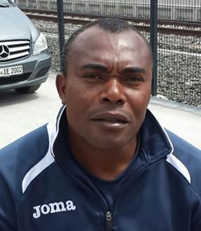 Bachirou Salou - Bild 1 - Datum: 07.03.2015 - Tags: Trainer, AKTION FUSSBALLTAG e.V.
