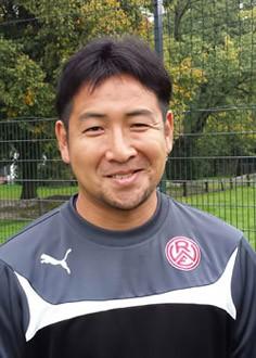 Masataka Fukuoka - Bild 1 - Datum: 07.03.2015 - Tags: Trainer, AKTION FUSSBALLTAG e.V.