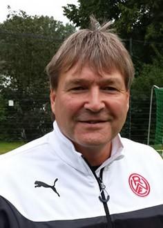 Udo Platzer - Bild 1 - Datum: 07.03.2015 - Tags: Trainer, AKTION FUSSBALLTAG e.V.