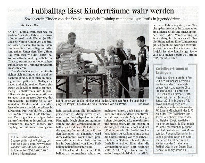 Aalener Nachrichten vom 25072011 - Bild 1 - Datum: 30.07.2011 - Tags: Pressebericht, AKTION FUSSBALLTAG e.V.