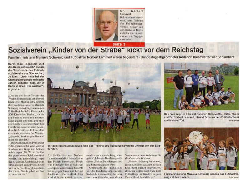 WZ vom 10052014 - Bild 1 - Datum: 11.05.2014 - Tags: Fußballtag in Berlin vor dem Bundestag, Pressebericht, AKTION FUSSBALLTAG e.V.