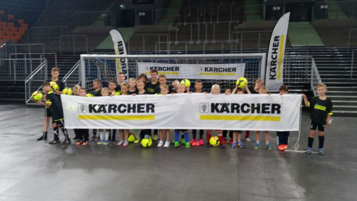 KaercherFussballtag am 29072016 in der RatiopharmArena Ulm  NeuUlm - Bild 3 - Datum: 26.07.2016 - Tags: Besonderes, Fußballtag, Kärcher, AKTION FUSSBALLTAG e.V.