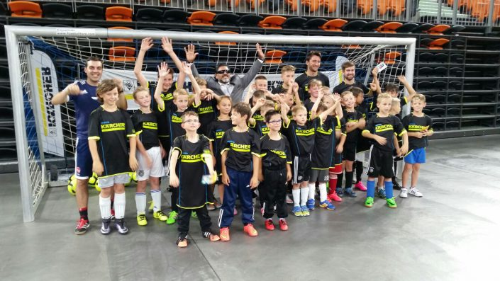 KaercherFussballtag am 29072016 in der RatiopharmArena Ulm  NeuUlm - Bild 14 - Datum: 26.07.2016 - Tags: Besonderes, Fußballtag, Kärcher, AKTION FUSSBALLTAG e.V.
