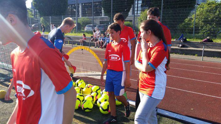 Fussballtag am 20072016 in Metzingen - Bild 7 - Datum: 20.07.2016 - Tags: BKK Scheufelen, Fußballtag, AKTION FUSSBALLTAG e.V.