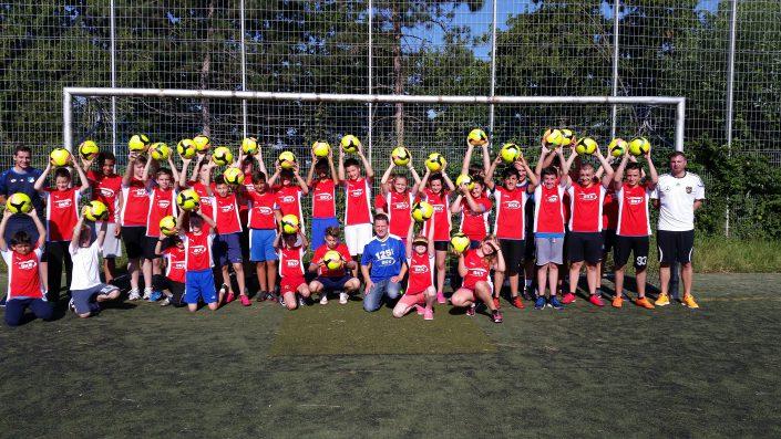 Fussballtag am 20072016 in Metzingen - Bild 11 - Datum: 20.07.2016 - Tags: BKK Scheufelen, Fußballtag, AKTION FUSSBALLTAG e.V.