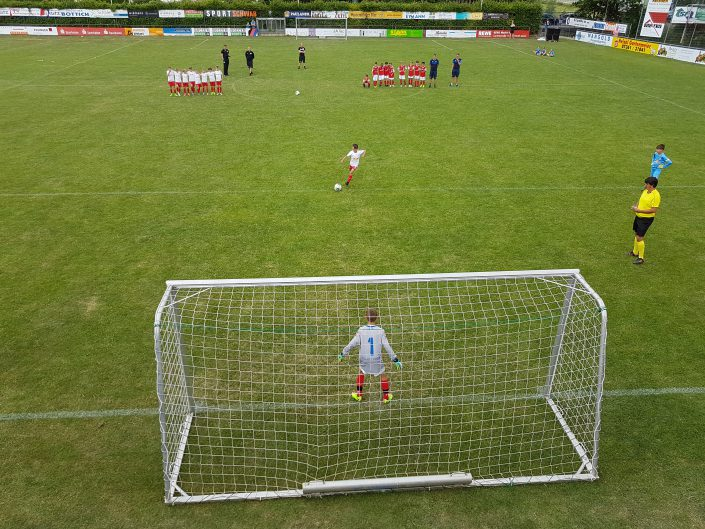 Seefeldt DirektMarketing Bundesliga Jugendcup am 3006 und 01072018 in NeresheimDorfmerkingen bei Aalen - Bild 21 - Datum: 29.06.2018 - Tags: Fußballtag, Seefeldt DirektMarketing, AKTION FUSSBALLTAG e.V.