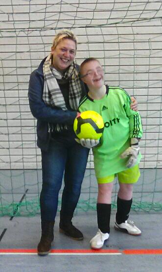 Fussballtag am 15122016 in Crailsheim - Bild 13 - Datum: 15.12.2016 - Tags: Fußballtag, AKTION FUSSBALLTAG e.V.